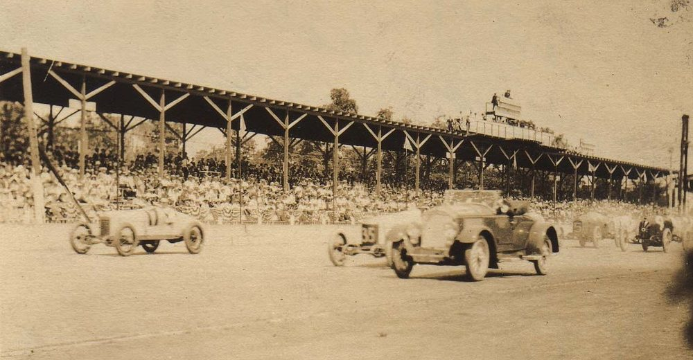 1922 INDY 500: Two Boys, a Train and the Making of a Race Fan