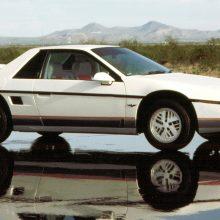 1980's SHOWDOWN: Pontiac Fiero vs Toyota MR2